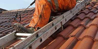 Čištění a mytí střech